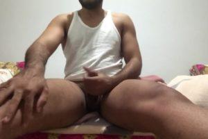 Branle cam de Karim, 30 ans, Marocain d'origine habitant à Marseillais